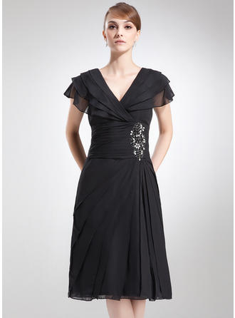 Chiffon Short Sleeves Mother of the Bride Dresses V-neck A-Line/Princess Beading Cascading Ruffles Knee-Length