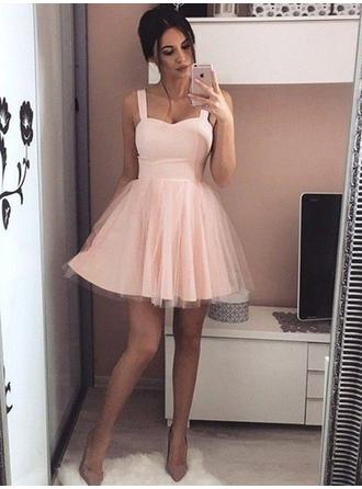 A-Line/Princess Sweetheart Short/Mini Satin Homecoming Dresses With Ruffle