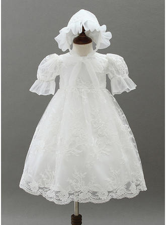 Lace Scoop Neck Baby Girl's Christening Gowns With 1/2 Sleeves