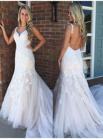 2019 New Sweep Train Trumpet/Mermaid Wedding Dresses V-neck Tulle Sleeveless