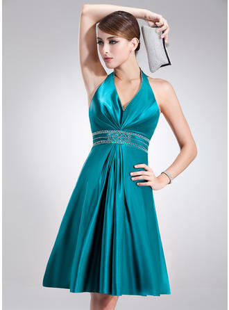 A-Line/Princess Charmeuse Prom Dresses Beading Halter Sleeveless Knee-Length