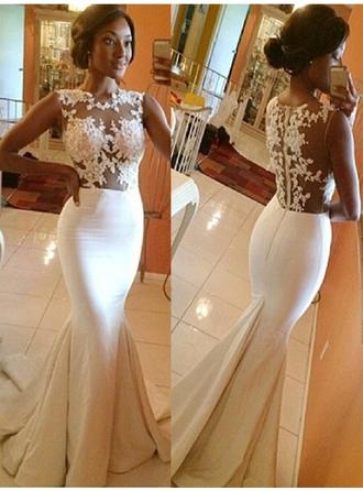 Trumpet/Mermaid Scoop Sweep Train Wedding Dresses