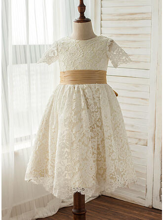 A-Line/Princess Knee-length Flower Girl Dress - Lace Short Sleeves Scoop Neck With Lace