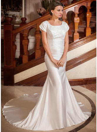 Sweetheart Chapel Train Trumpet/Mermaid Wedding Dresses Square Satin Short Sleeves