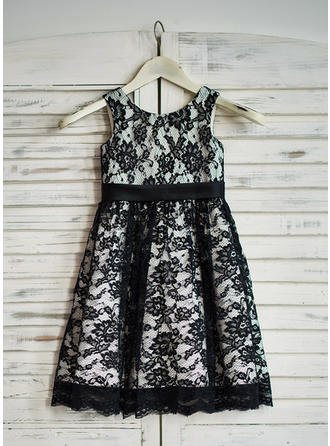 Stunning Tea-length A-Line/Princess Flower Girl Dresses Scoop Neck Lace Sleeveless