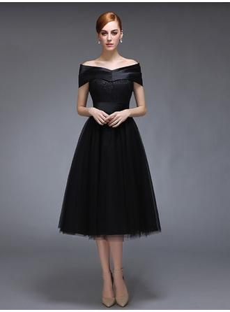 A-Line/Princess Off-the-Shoulder Tea-Length Evening Dress