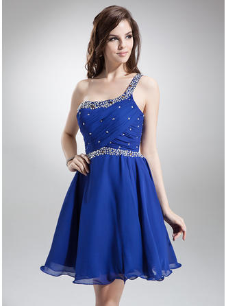 A-Line/Princess One-Shoulder Knee-Length Chiffon Homecoming Dresses With Ruffle Beading Sequins