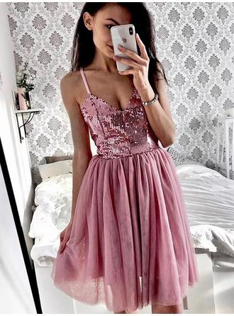 Ruffle V-neck With Tulle Cocktail Dresses