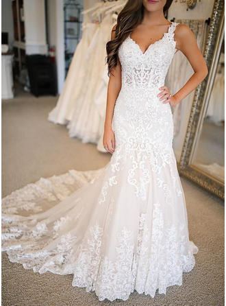 Trumpet/Mermaid V-neck Sweep Train Wedding Dresses With Appliques