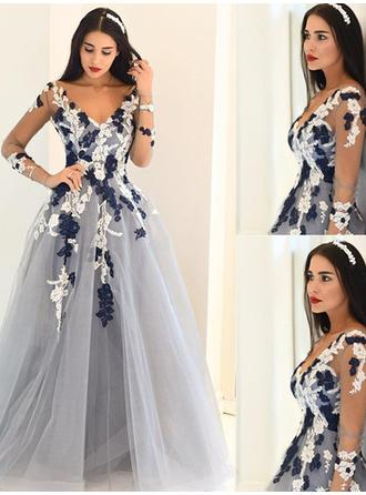 A-Line/Princess V-neck Tulle Long Sleeves Sweep Train Appliques Lace Evening Dresses
