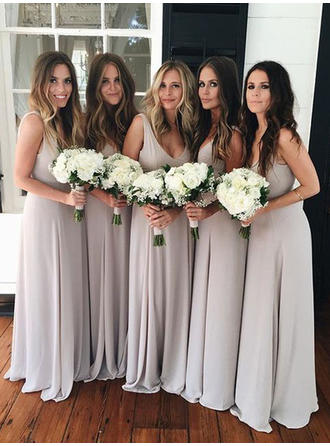 A-Line/Princess V-neck Floor-Length Chiffon Bridesmaid Dresses With Ruffle Bow(s)