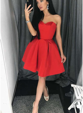 A-Line/Princess Sweetheart Satin Sleeveless Short/Mini Ruffle Homecoming Dresses