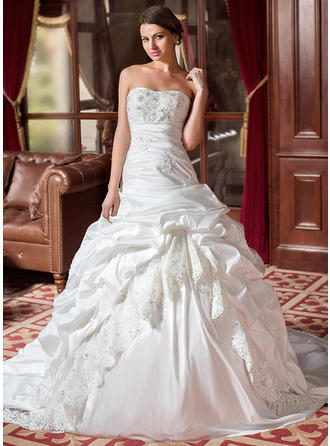 Ball-Gown Chapel Train Wedding Dress With Ruffle Lace Beading