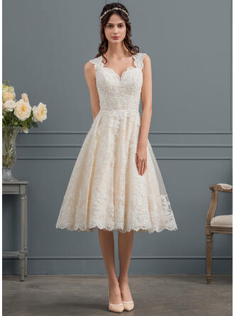 Ball-Gown/Princess Sweetheart Knee-Length Tulle Lace Wedding Dress With Beading Sequins (002153433)
