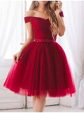 A-Line/Princess Tulle Cocktail Dresses Ruffle Sash Bow(s) Off-the-Shoulder Short Sleeves Knee-Length