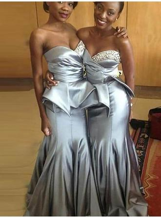 Trumpet/Mermaid Satin Bridesmaid Dresses Beading Sweetheart Sleeveless Sweep Train