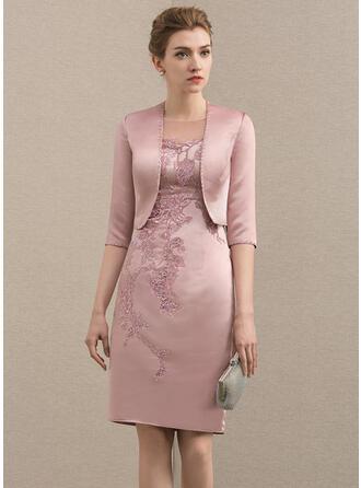 Etui-Linie U-Ausschnitt Knielang Satin Kleid für die Brautmutter mit Perlstickerei Applikationen Spitze