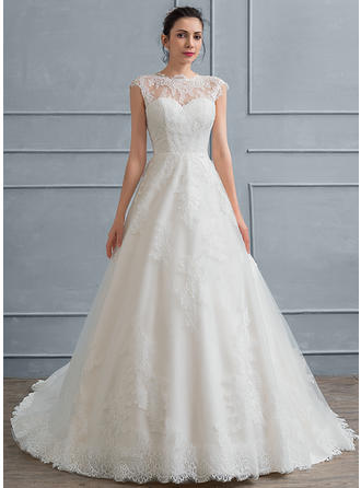 Ball-Gown Scoop Neck Court Train Lace Wedding Dress