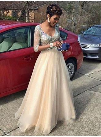 A-Line/Princess Tulle Prom Dresses Beading V-neck Long Sleeves Floor-Length