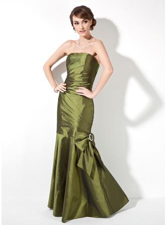 bridesmaid dresses with traib