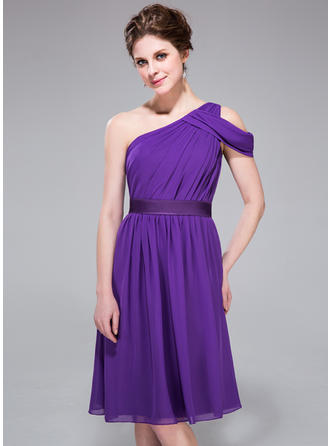 Chiffon Sleeveless A-Line/Princess Bridesmaid Dresses One-Shoulder Ruffle Knee-Length