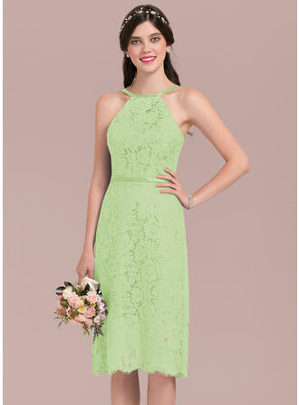 A-Line Scoop Neck Knee-Length Lace Bridesmaid Dress