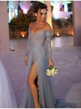 Tulle Long Sleeves A-Line/Princess Prom Dresses Off-the-Shoulder Appliques Lace Split Front Sweep Train
