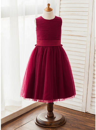 A-Line/Princess Knee-length Flower Girl Dress - Tulle Sleeveless Scoop Neck With Sash