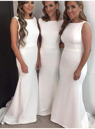 Satin Sleeveless Trumpet/Mermaid Bridesmaid Dresses Scoop Neck Sweep Train
