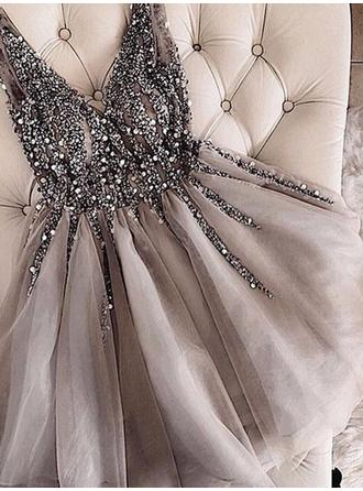 A-Line/Princess Beading Homecoming Dresses V-neck Sleeveless Short/Mini (022216219)