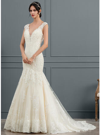 Trumpet/Mermaid V-neck Chapel Train Tulle Wedding Dress