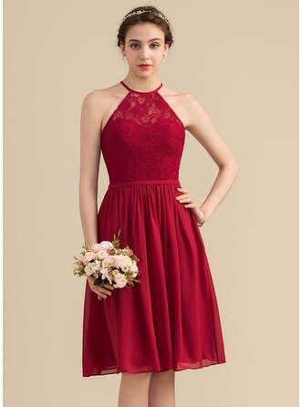 A-Line/Princess Scoop Neck Knee-Length Chiffon Lace Bridesmaid Dress