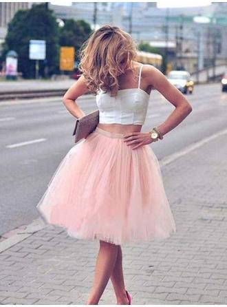 A-Line/Princess Square Neckline Knee-Length Homecoming Dresses With Pleated