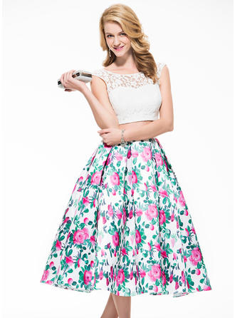 Lace Sleeveless A-Line/Princess Prom Dresses Scoop Neck Tea-Length