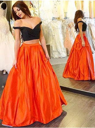 Satin Sleeveless Ball-Gown Prom Dresses V-neck Floor-Length