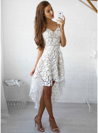 A-Line/Princess V-neck Lace Sleeveless Asymmetrical Cocktail Dresses