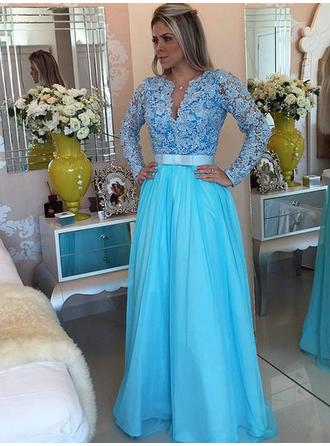 Tulle Long Sleeves A-Line/Princess Prom Dresses V-neck Ruffle Sash Floor-Length