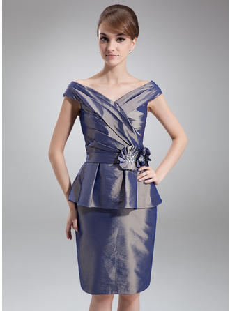 Simple Off-the-Shoulder Sheath/Column Taffeta Mother of the Bride Dresses