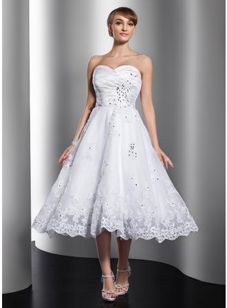 A-Linie/Princess-Linie Herzausschnitt Wadenlang Satin Organza Brautkleid mit Rüschen Perlen verziert Applikationen Spitze