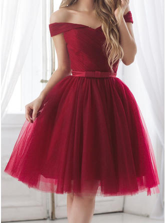 A-Line/Princess Tulle Cocktail Dresses Ruffle Sash Bow(s) Off-the-Shoulder Short Sleeves Knee-Length (016218385)