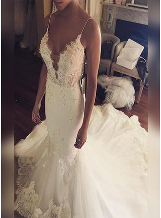 Appliques V-neck Trumpet/Mermaid - Tulle Wedding Dresses