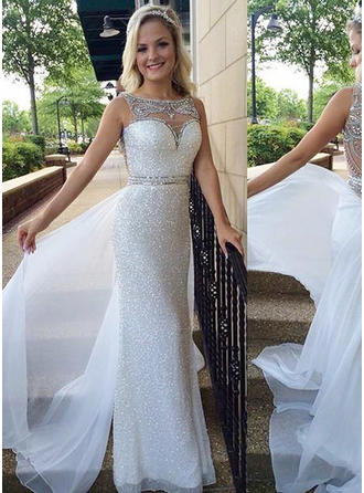 Sequined Sleeveless Sheath/Column Prom Dresses Scoop Neck Beading Sequins Sweep Train