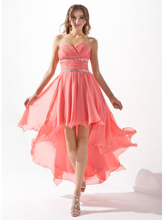 Flattering Chiffon Sleeveless Sweetheart Ruffle Beading Homecoming Dresses