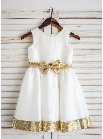 Stunning Tea-length A-Line/Princess Flower Girl Dresses Scoop Neck Taffeta Sleeveless