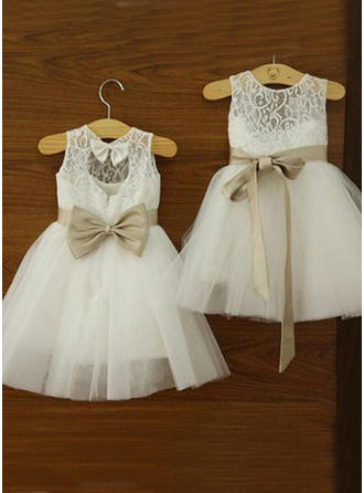 A-Line/Princess Scoop Neck Knee-length With Sash/Bow(s) Tulle/Lace Flower Girl Dress