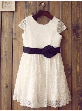 Scoop Neck A-Line/Princess Flower Girl Dresses Lace Flower(s) Short Sleeves Knee-length