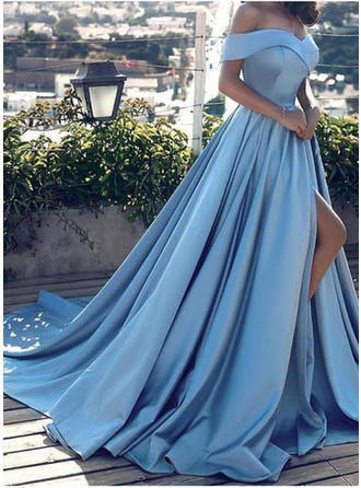 A-Line/Princess Off-the-Shoulder Court Train Prom Dresses With Split Front