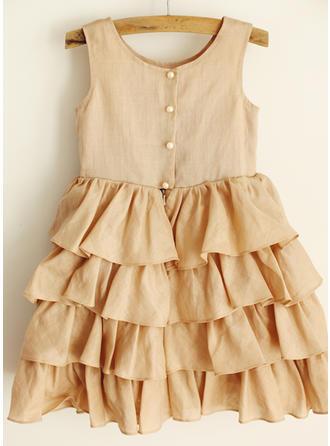 Sweetheart Knee-length A-Line/Princess Flower Girl Dresses Scoop Neck Satin Sleeveless
