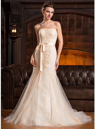 Trumpet/Mermaid Strapless Court Train Tulle Lace Wedding Dress With Beading Sequins Bow(s)