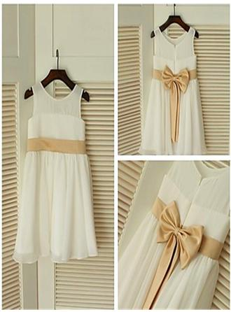 Simple Tea-length A-Line/Princess Flower Girl Dresses Scoop Neck Chiffon Sleeveless (010211955)
